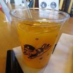たまカフェ - みかんジュース