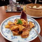 Ryuuhou - 〔春限定〕新筍と豚角煮(¥2400)。山椒の葉が乗っているのは、和風中華らしいアクセント♪