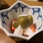 佳肴みを木 - 苺とウド