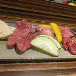 赤身焼肉USHIO - お肉盛り合わせ