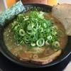 ラーメン食堂 神豚 - 料理写真:とことんこつ(750円)ネギ多め