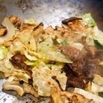 ホルモン料理専門處 利根屋 - 白肉(ミノ)&牛ロース