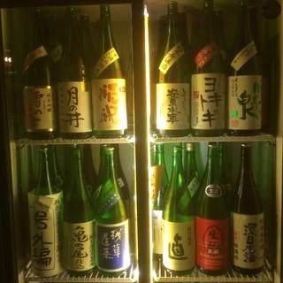 日本酒はほぼ全て無濾過生原酒を取り扱い!