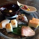 醍醐味 - 季節の前菜盛り合わせ!