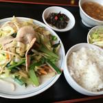 中華餃子坊 - ランチ 五目野菜 750円。ライスおかわり自由