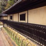 50205129 - 古河駅からの道すがらには、こんな素敵な武家屋敷の名残りがありました。