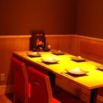 ハンバーグ専門店 THE BURG - テーブル