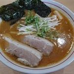 麺屋 彰 - 「魚介トンコツをスタンダード(700円)」