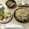 直 - 料理写真:なお定食三品セット 焼き飯&味噌汁フリーでコーヒー付きで580円
