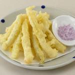 沖縄料理としゃぶしゃぶのお店 赤瓦 - 島らっきょの天ぷら