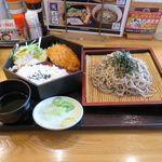 定食屋ジンベイ - ヒレカツ蕎麦ランチ(冷たいそば、780円)