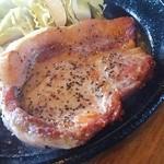 トゥリー - やさといも豚のポークソテー