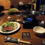 5022229 - この日は金曜日だったので、金曜日にお買い得な、牛しゃぶ、握り寿司とその他料理の                       食べ放題2980円のコースが選べるそうなので、そのコースを選択します。