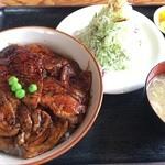 豚さん食堂 - 豚丼並(税別980円)