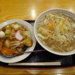 平和軒 - タンメンBセット(半中華丼とのセット)