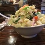 大和 - 料理写真:長崎風チャンポン¥820