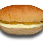 パン屋のオヤジ - カスタードクリームコッペ