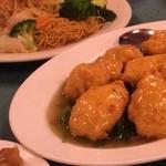 50233915 - 海鮮焼きそばと豆腐炒め