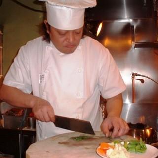 いかなる食材からも≪最高のひと皿≫を作り上げる。それが料理人