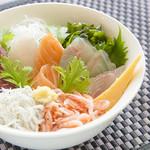 WATATSUMI丼★人気No1★