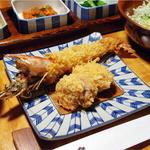 かつ吉 - 盛り合わせフライ定食(天然特大海老フライとひれかつ)