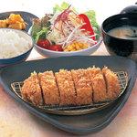 博多とんかつ処浜田屋 - 料理写真:熟成 ロースかつ定食(小) 1280円
