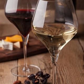 気取らずワインを楽しめます!