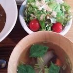 50257760 - 201604 サラダと小鉢(スープ)とデザート