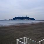 50267555 - 江の島が店内から一望できる
