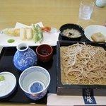 筍 - 料理写真:旬の御膳は天ぷら、蕎麦がゆ、蕎麦豆腐、せいろの御膳になってました