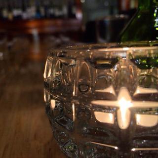 ディナーはキャンドルを灯して大人の空間へ。