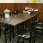 てっぺん - 6人掛けテーブル