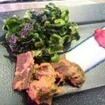 伊達の牛たん本舗 - 芯たん様に添えられた南蛮味噌様も青菜の漬物も物凄いご飯大泥棒だったりします(笑)