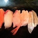 寿司竹 - 海の鱒、桜鯛、鯵、甘海老、さより