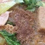 寅馬 - ・麻辣湯 これくらいドバっと麻椒を追加