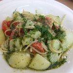 503620 - フレッシュトマトとメークイン入りジェノベーゼ スパゲティ