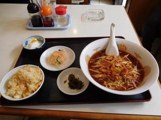 新中華 立川店 - ネギラーメン(半チャーハン付)