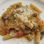 イル・ラメリーノ  - シチリア風夏野菜のトマト煮とマケロンチーニ