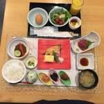 八島 - 1日目の食事