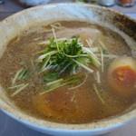 50308286 - 新中華そば(しょうゆ味)+煮玉子(カット)