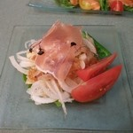 ふぢの - 新玉葱のサラダ