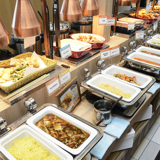 豊富な料理は全120種類以上!