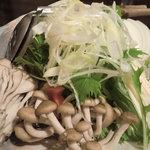 うまかぁ~黒豚と肴料理 まん - 野菜もたっぷり