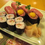 助八寿司 - これが通常の前沢牛セット。