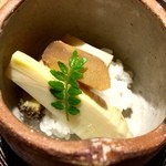 白金にし田 - 【炊き合わせ】○大間の筍、自家製カラスミ、鮑&もち米ブレンド様。