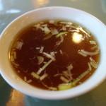 猪苗代湖畔のレストラン 中国料理 西湖 - 中華屋らしさ満喫となる毛湯スープ、実に美味しいスープ