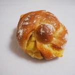 パン工房 リップカレント - 料理写真:スィートポテトフランス140円