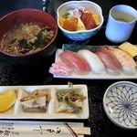 ぎふ初寿司 - ランチ 980円