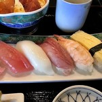 ぎふ初寿司 - にぎり5貫