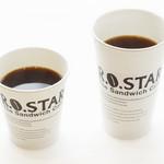 ロースター - 自家焙煎コーヒー(Hot)レギュラーサイズ¥100+税 ラージサイズ¥160+税